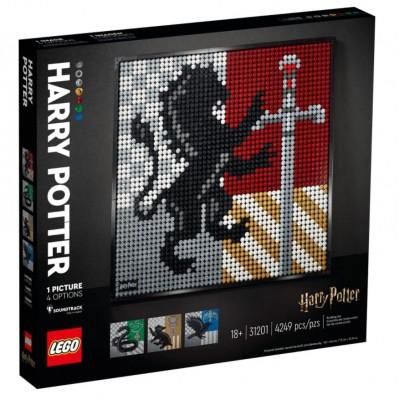 LEGO® Harry Potter™ Hogwarts™ Crests 31201