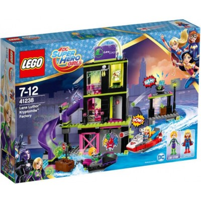 LEGO® Lena Luthor™ Kryptomite™ Factory 41238