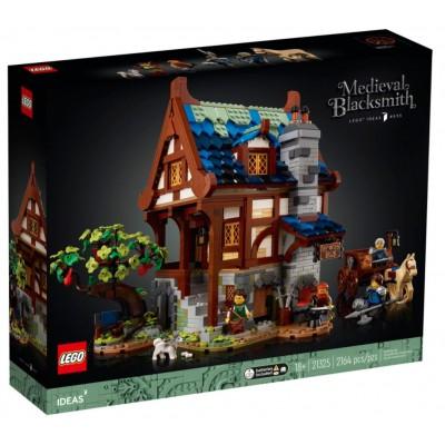 LEGO® Ideas Medieval Blacksmith 21325