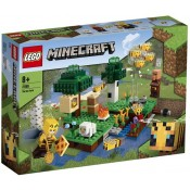 LEGO® Minecraft™ The Bee Farm 21165